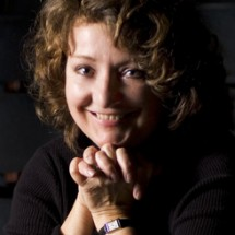 Isabelle Kralj for M Magazine Performing Arts Calendar. May 2008.
